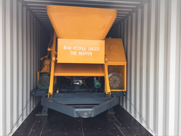 concrete mixer with pump delivery