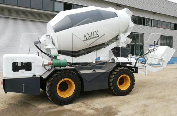 2.0cbm self loading concrete mixer truk