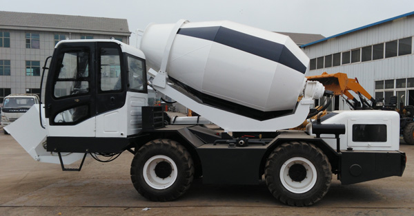 1.2 m3 self loading mobile concrete mixer