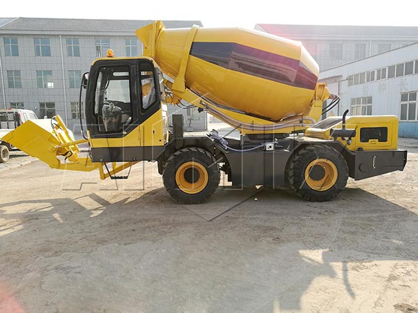 2.0m3 towable concrete mixer