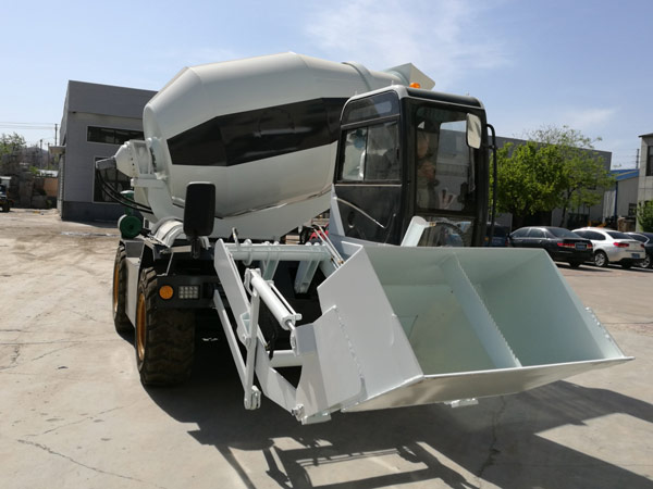 4m3 self load concrete mixer