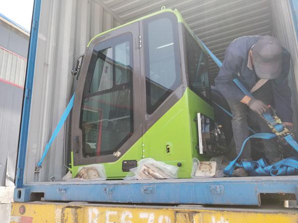 Aimix self loading concrete mixer sent to Namibia 5