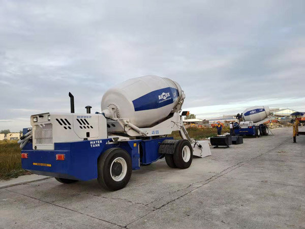 Aimix self loading concrete mixer in the Philippines 1