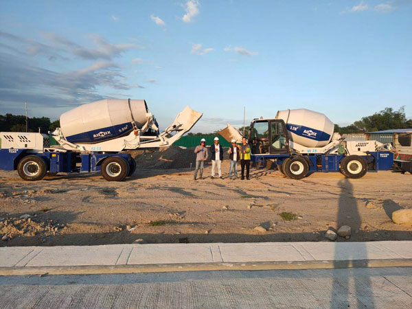 Aimix self loading concrete mixer in the Philippines 2