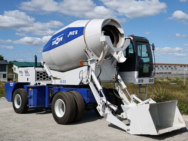 Aimix self loading concrete mixer in the Philippines 4