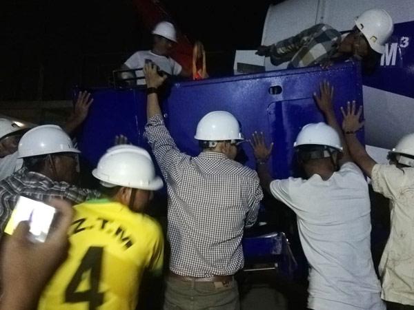 Aimix self loading concrete mixer sent to Myanmar 3