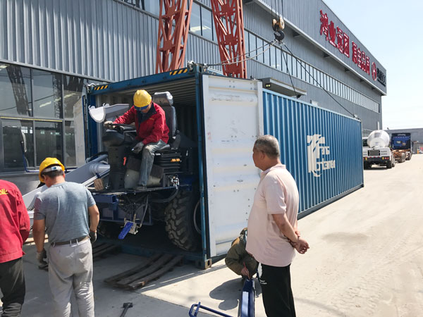 AIMIX 4 cubic meter self loading concrete mixer sent to Russia 2