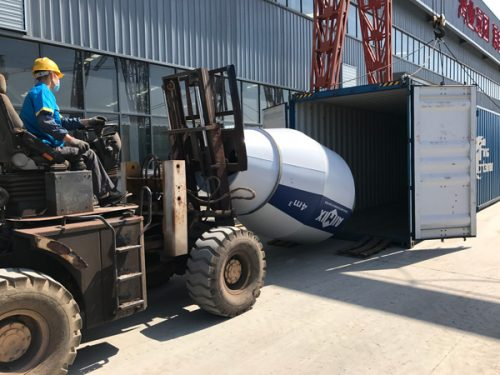 AIMIX 4 cubic meter self loading concrete mixer sent to Russia 4