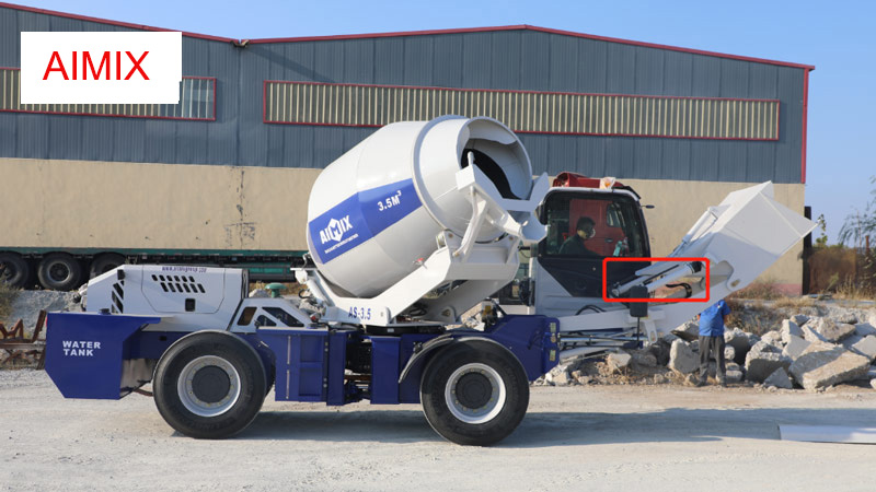 self loadad concrete mixer