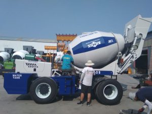 self loading mixer sent to Russia