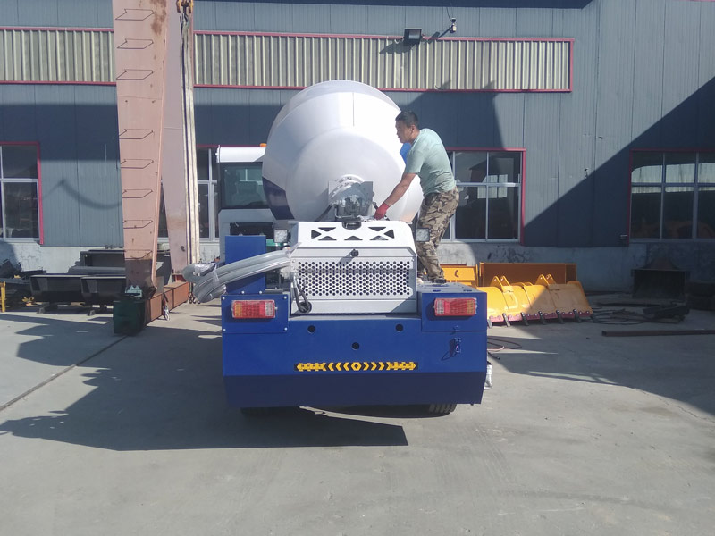 AIMIX AS3.5B self loading mixer to Uzbekistan