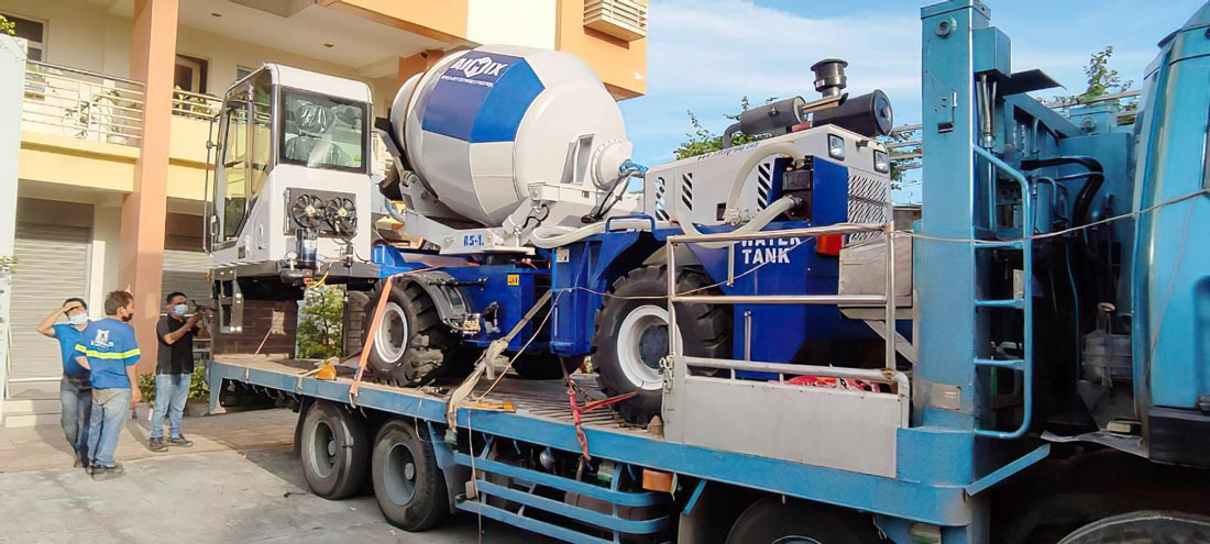 AS1.8 self loading mixer in Philippines